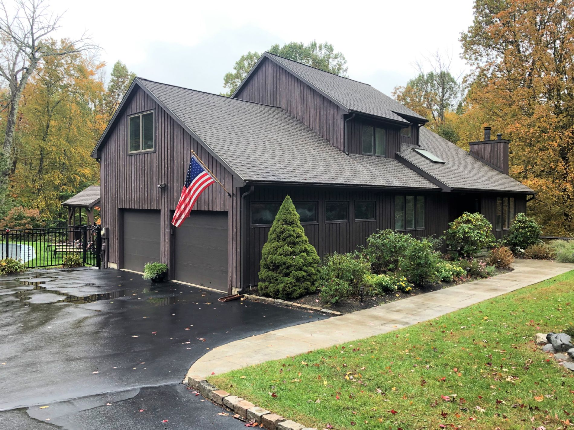 Monroe Home, CT Real Estate Listing