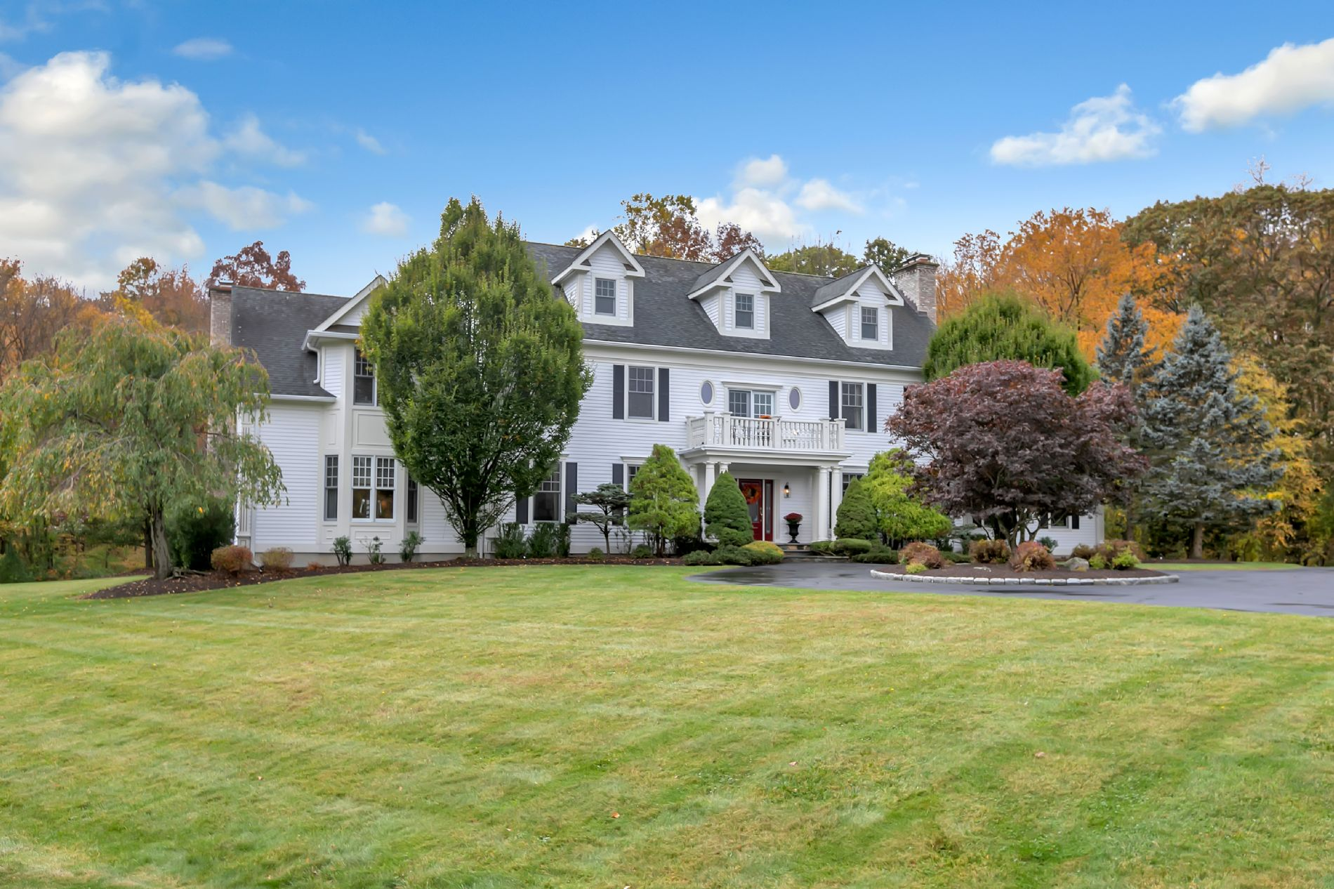 Easton Home, CT Real Estate Listing